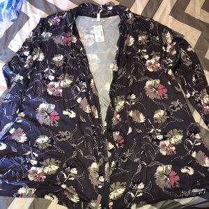 1x Maurice's cardigan new with tags